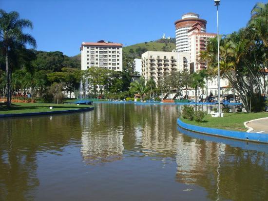 Aguas de Lindoia, SP: Praça Adhemar de Barros