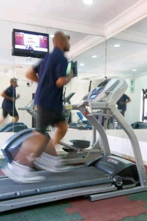 Bolton White Hotel: Well Equipt Fitness Centre