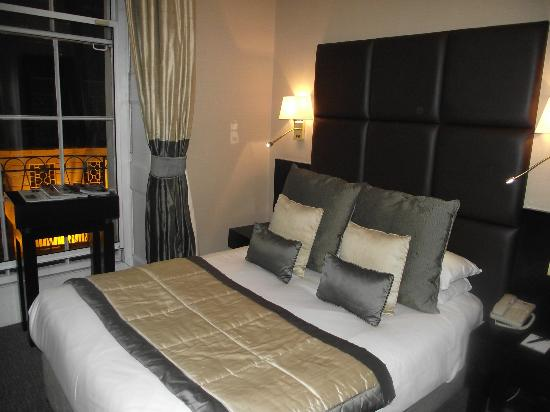Grange White Hall Hotel: our room