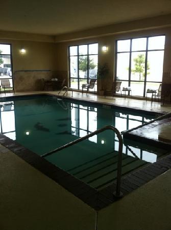 Hampton Inn & Suites Oklahoma City-South: the pool