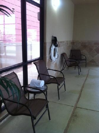 Hampton Inn & Suites Oklahoma City-South: more seating