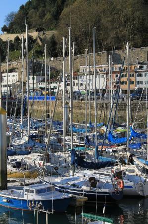 San Sebastian Walking Tours: the port