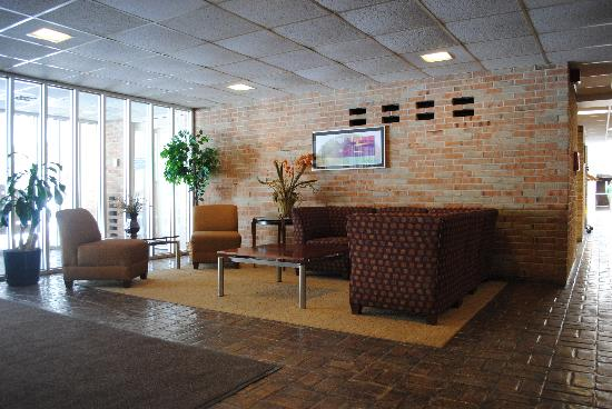 NADA Hotel and Conference Center: Front Lobby