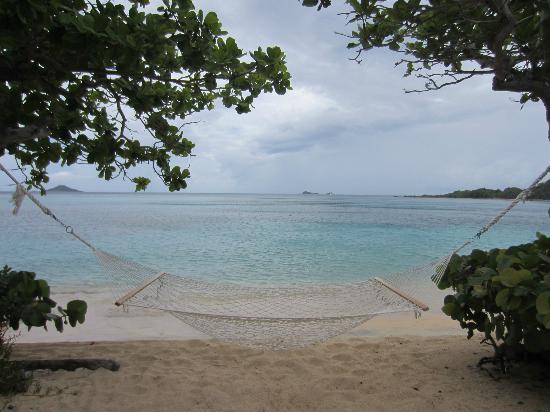 Mango Bay Resort: Looking out from the beach
