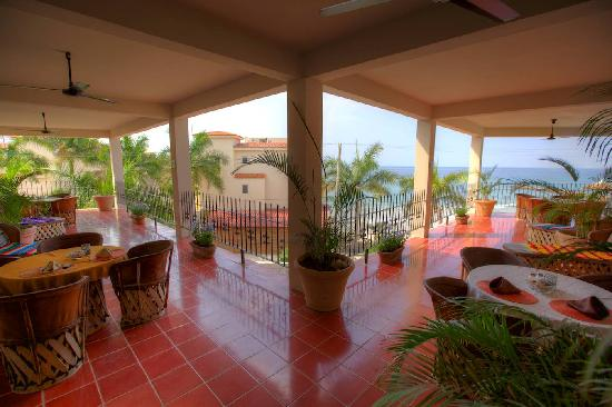 Hotel La Quinta del Sol: Upper Level Balcony