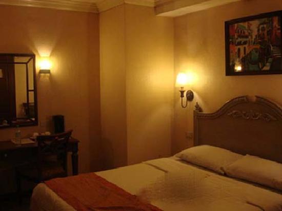 Hotel Veniz: queen