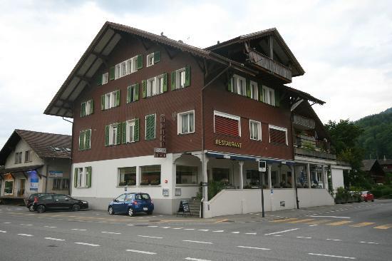 Hotel Restaurant Bahnhof: Aussenansicht