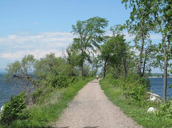 Burlington Bike Path: Causeway