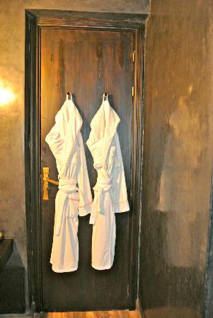 Villa Makassar: bathroom