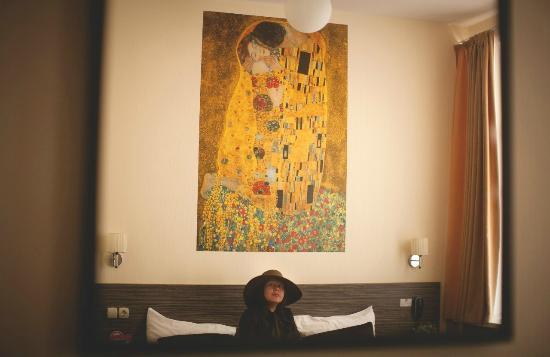 Jazz Hotel: Отражение