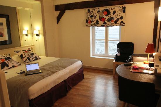 Hotel du Jeu de Paume : room