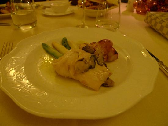 Ca' Sagredo Hotel: delicious Sea bass dinner at the hotel restaurant