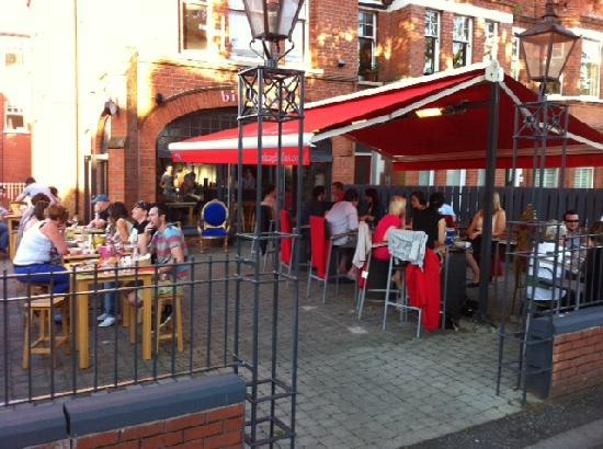 Loteria: Al Fresco Dining at Birdcage