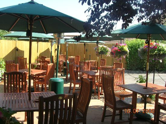 The Crown Inn: Out on the summer terrace!