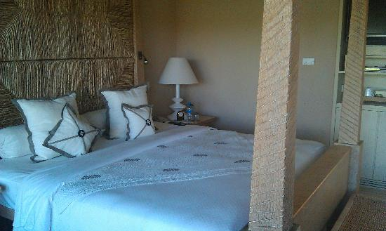The Oberoi, Mauritius: Bed in villa