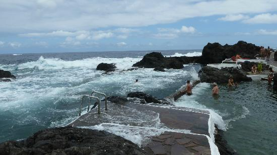 Piscina naturale a ridosso dell 39 oceano picture of - Piscine martianez tenerife ...