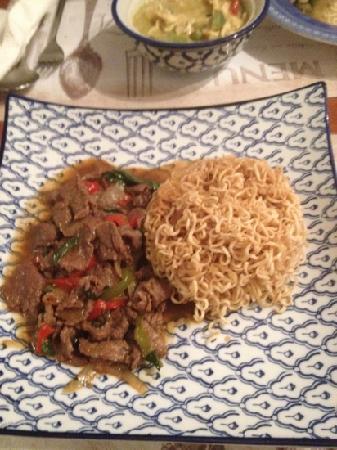 Kloung Soukhothai & Abet : bœuf au curry vert...
