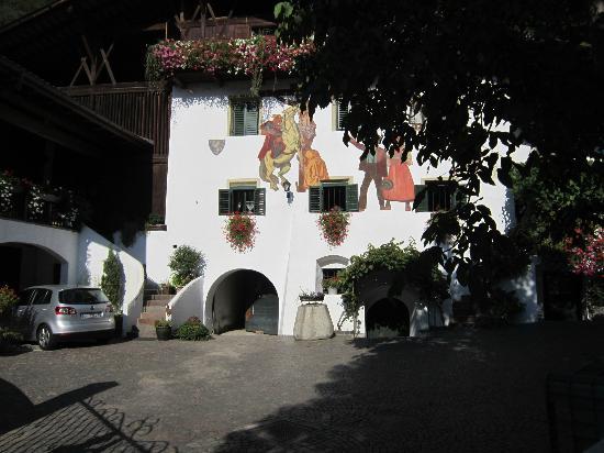 Agriturismo Sittnerhof: Historic Main Building