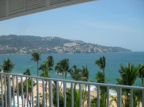 Elcano Hotel: Vista de la Bahía desde la habitacion