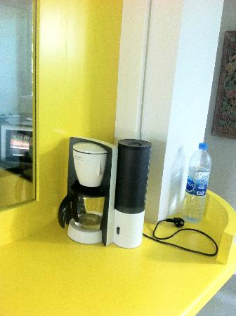Samui Econo Lodge: got coffee maker