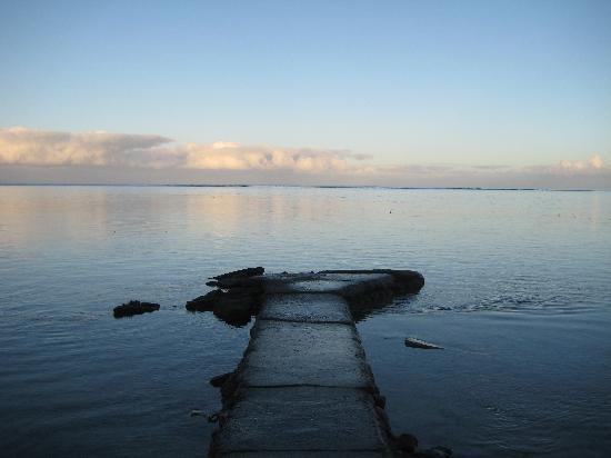 Lagoon outside of Taaroa Lodge