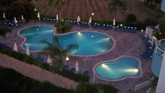smartline Lantiana Gardens: view of the pools