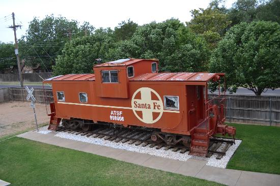 Woodrow House Bed and Breakfast: The Caboose Room !!!