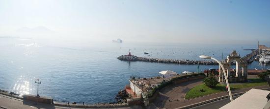 Eurostars Hotel Excelsior : panorama da terrazza colazione