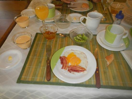Casa Verde B&B: Delicious breakfast at Casa Verde