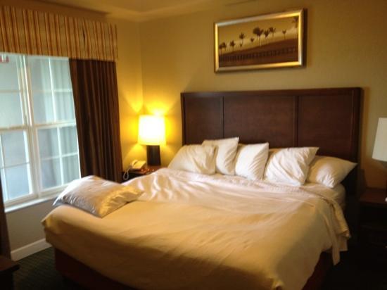 Grande Villas at World Golf Village: guest bedroom building 5