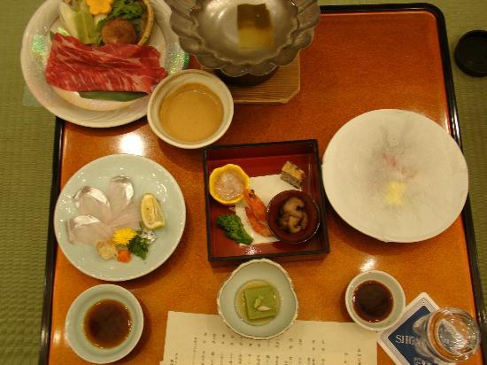 Hotel Shiragiku : 夜のお食事