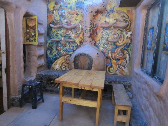 Hostal Rural: comedor, ubicado al costado de la cocina
