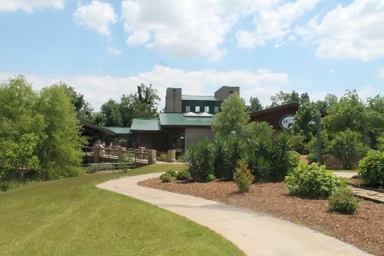 Jonesboro, AR: Nature center entrance