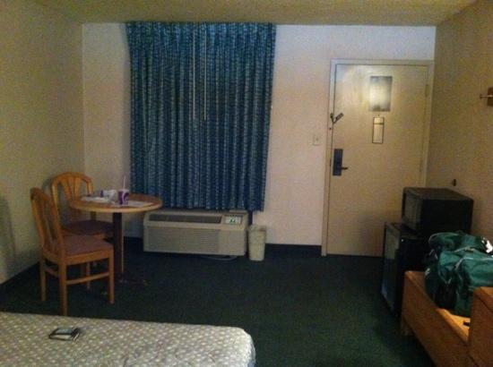 Atlanta Hotel: room