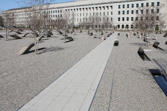 ‪‪Beacon Hotel & Corporate Quarters‬: Pentagon Memorial‬