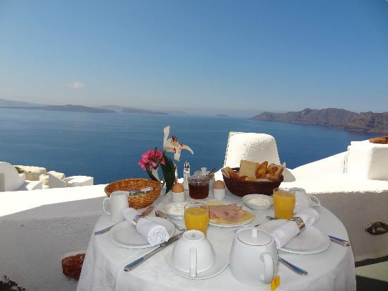 Alexander's Boutique Hotel of Oia: the View is priceless!!!!