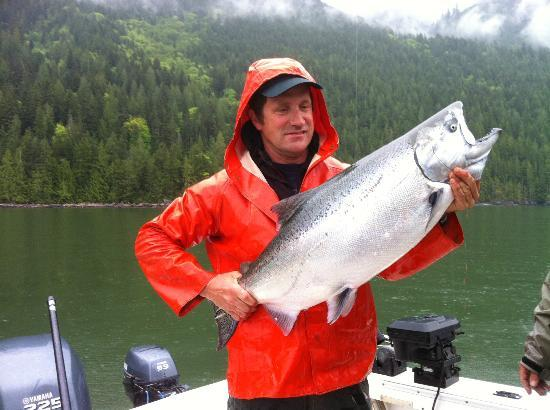 Bute Inlet Lodge : 31 lbs, our biggest of the three days.