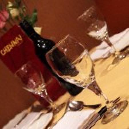 Chennai Restaurant: Restaurant Table