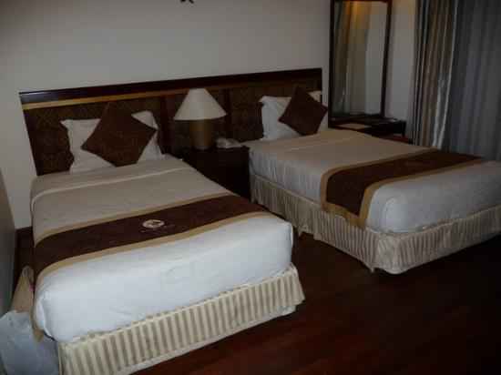 Sunny Beach Resort: Twin bed room