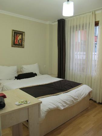 Gulhane Suites: The bedroom