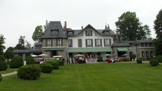 Hotel Villa Navarre : La villa Navarre vue depuis le parc