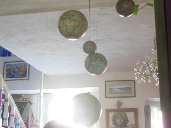 Hostel Malti: Living Room