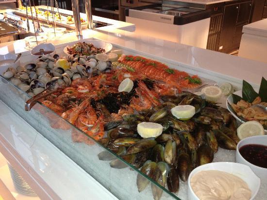 The St. Regis Saadiyat Island Resort: shellfish
