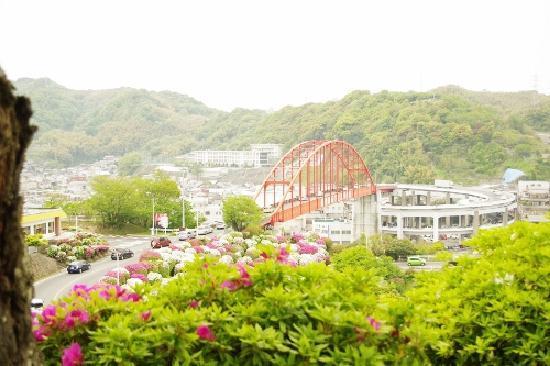 呉市, 広島県, 特徴的な赤い橋。