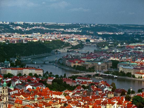 Petřín-højen: Вид с обзорной башни