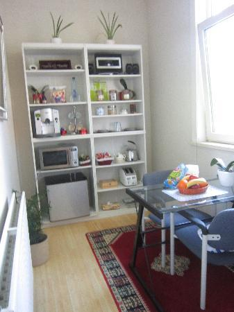 Antonius Bed and Breakfast: Kitchenette attached to bedroom