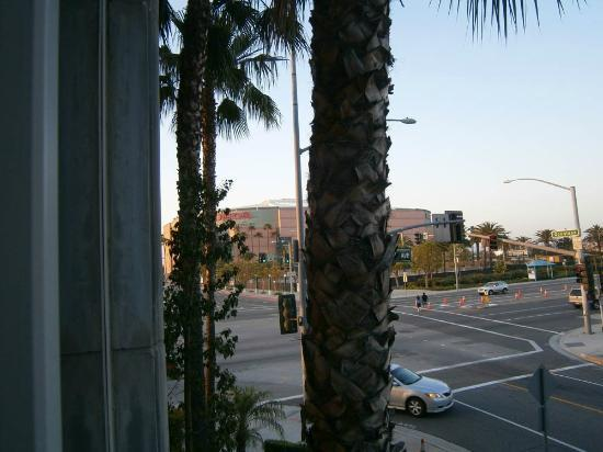 Ayres Hotel Anaheim: View from room
