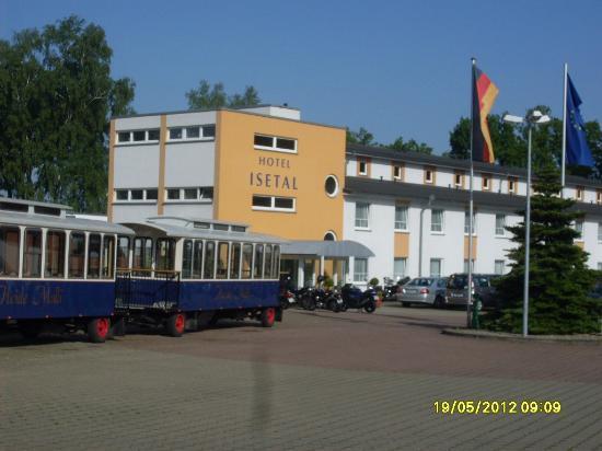 Morada Hotel Jägerhof Gifhorn: Hoteleingang
