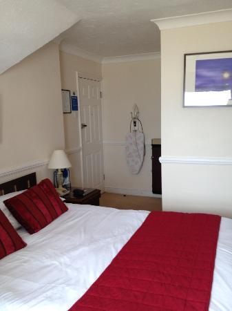 Camelia Hotel: room
