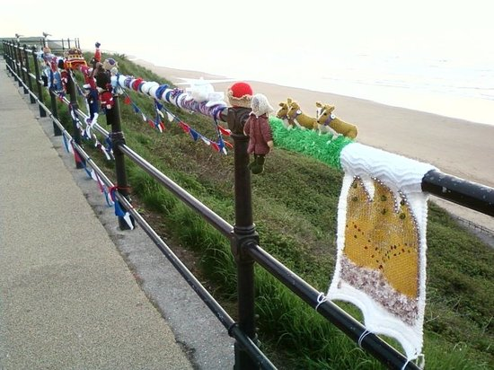 Rushpool Hall:                   The Saltburn knitting bandit struck the night before we arrived!